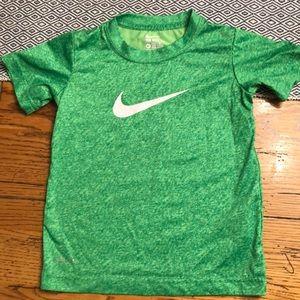 Nike Green shirt sleeved shirt